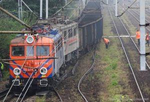 wykolejona lokomotywa w chybiu